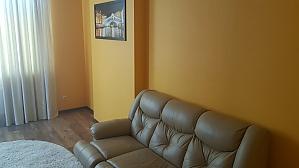 Популярні апартаменти, 3-кімнатна, 001