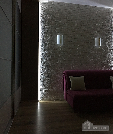 Квартира возле Дворца Спорта, 1-комнатная (93383), 002