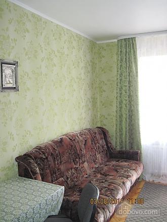 Універмаг, 1-кімнатна (92796), 003