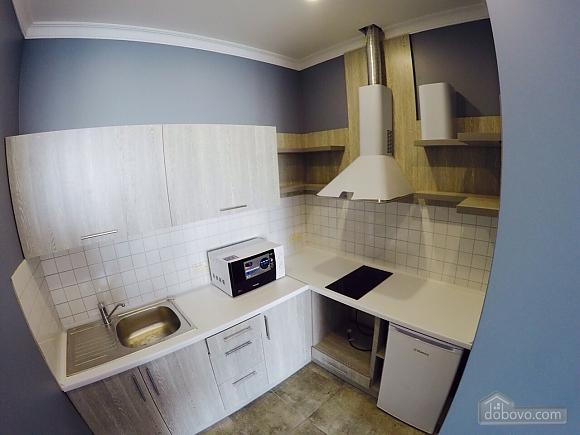 Апартаменти в 3 хвилинах від моря, 2-кімнатна (92761), 005