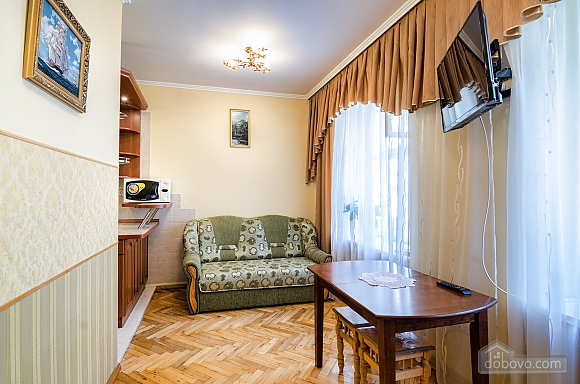 Apartment near Rynok square, Studio (18557), 004