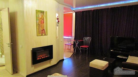 Квартира-студіо з дизайнерським ремонтом, 1-кімнатна (43100), 003