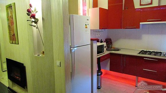 Квартира-студіо з дизайнерським ремонтом, 1-кімнатна (43100), 006