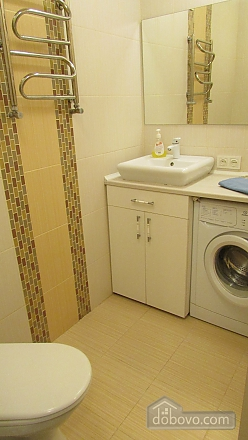Квартира-студіо з дизайнерським ремонтом, 1-кімнатна (43100), 008