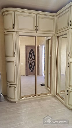 Apartment in the center of Odessa, One Bedroom (39040), 012