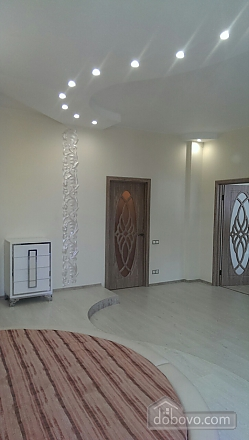 Apartment in the center of Odessa, One Bedroom (39040), 018