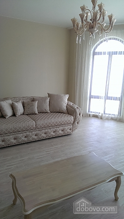 Apartment in the center of Odessa, One Bedroom (39040), 011
