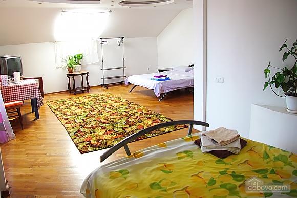 Апартаменты в элитной вилле, 1-комнатная (13673), 006
