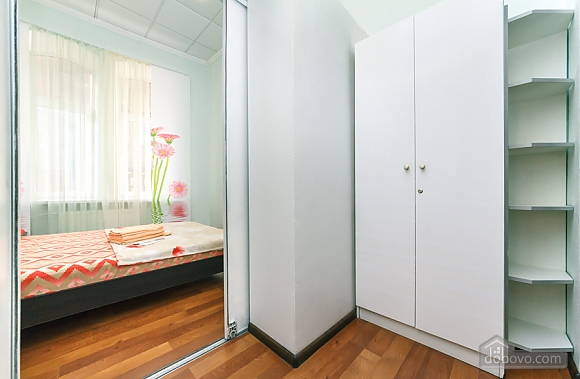 Cozy apartment near Zoloti Vorota metro station, Un chambre (83824), 007