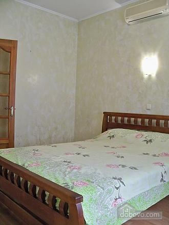 Квартира люкс с автономным отоплением, 2х-комнатная (54784), 006
