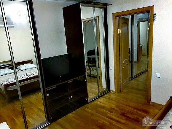 Apartment on Pechersk, Zweizimmerwohnung (14964), 003