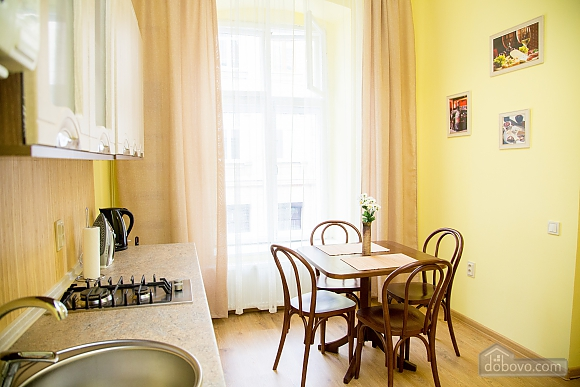 Уютные апартаменты возле площади Рынок, 1-комнатная (52879), 005