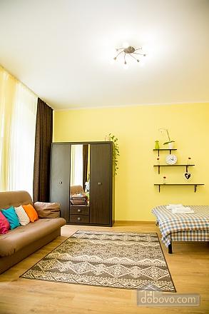 Затишні апартаменти біля площі Ринок, 1-кімнатна (52879), 026