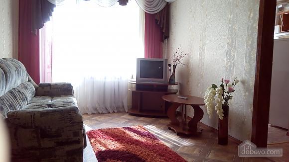 Квартира возле Медицинского университета, 2х-комнатная (46182), 004