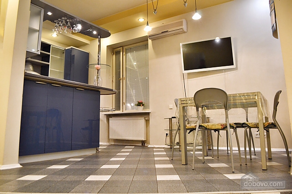 Spacious apartment for 7 people in the heart of the city, Dreizimmerwohnung (41398), 002