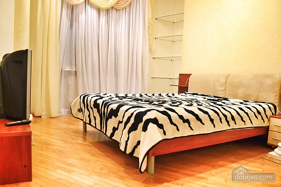 Spacious apartment for 7 people in the heart of the city, Two Bedroom (41398), 001