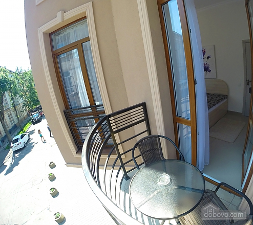 Двухместный номер с балконом, 1-комнатная (93606), 002
