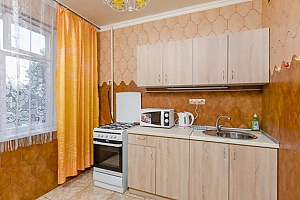 Apartment next to Livoberezhna station, Una Camera, 008