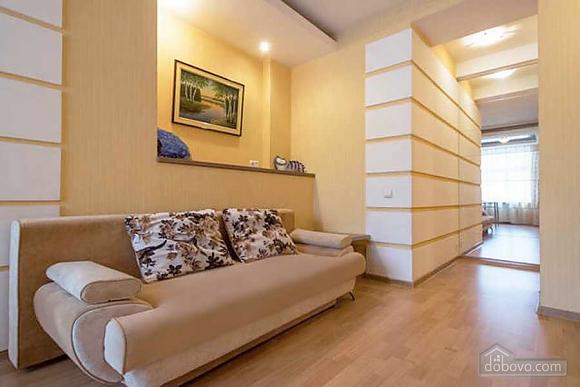 Апартаменты в Харькове, 2х-комнатная (71820), 002
