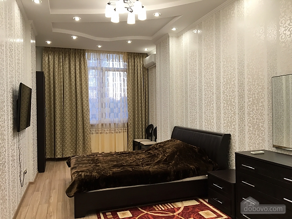 Apartment on Frantsuzkyi boulevard, One Bedroom (74153), 001