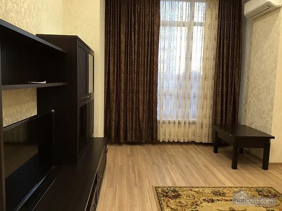 Apartment on Frantsuzkyi boulevard, One Bedroom (74153), 002