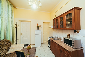 Apartment near the center for 4 guests, One Bedroom, 002