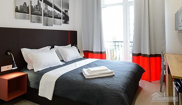 Designed studio apartment with balcony, Monolocale (26773), 001