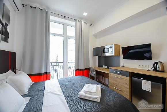 Designed studio apartment with balcony, Monolocale (26773), 004