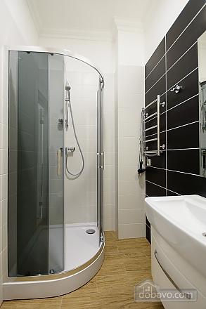 Designed studio apartment with balcony, Monolocale (26773), 008
