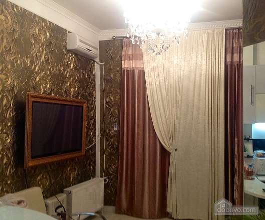 Arkadia Palace, Un chambre (87750), 014
