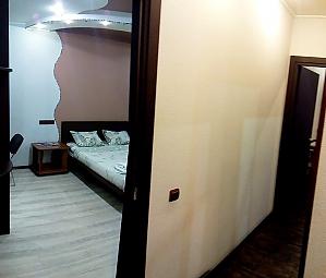 2 Госпитальная, 1-комнатная, 004