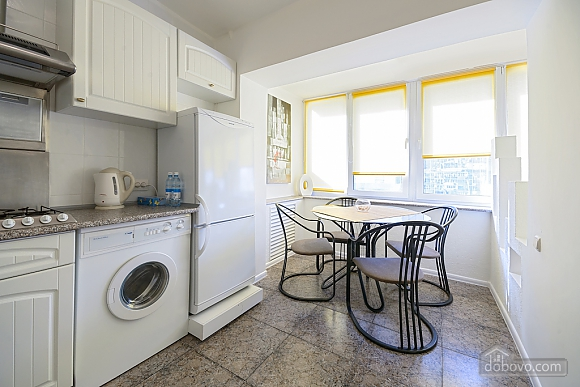 Light studio street view apartment with separate kitchen, Studio (20993), 008