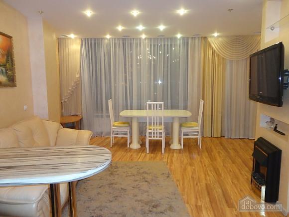 Роскошные апартаменты в Мост Сити с джакузи, 2х-комнатная (66157), 010