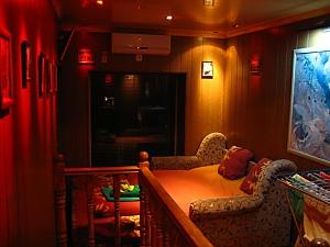 Просторная двухуровневая квартира, 3х-комнатная, 004