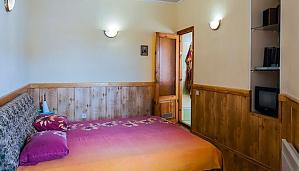 Просторная двухуровневая квартира, 3х-комнатная, 002