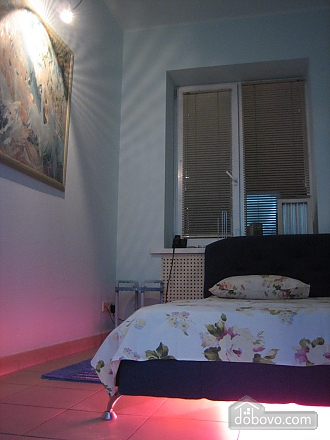 Excellent apartment in Kharkov, Two Bedroom (66289), 004