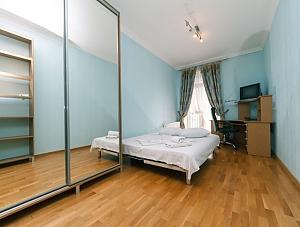 Beautiful apartment near Zoloti Vorota, Dreizimmerwohnung, 004
