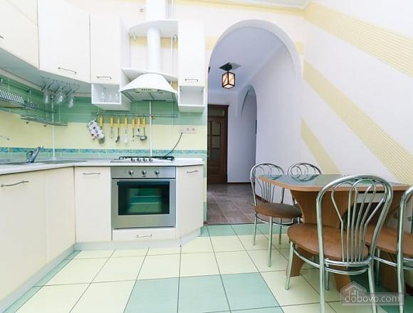 Прекрасна квартира біля Золотих Воріт, 3-кімнатна (63864), 007