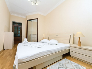 Beautiful apartment near Zoloti Vorota, Dreizimmerwohnung, 009