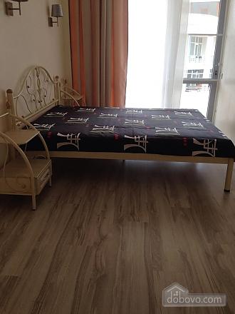 Таунхаус на березі моря, 3-кімнатна (61622), 010