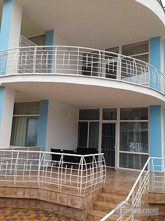 Таунхаус на березі моря, 3-кімнатна (61622), 002
