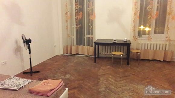 Room in a commune near the sea, Studio (50711), 003
