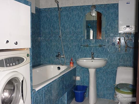 Cozy apartment near the sea and Taras Shevchenko's Park, Studio (26862), 003
