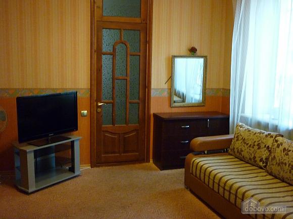 Cozy apartment near the sea and Taras Shevchenko's Park, Studio (26862), 004
