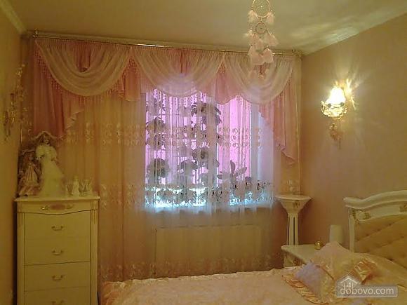 Квартира поряд із Дерибасівською, 2-кімнатна (64634), 001