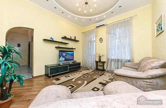 Біля Бессарабського ринку, 2-кімнатна (26035), 002