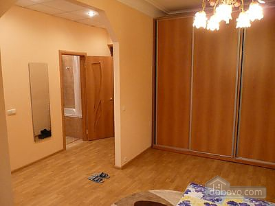 Apartment in Kiev, Studio (84876), 003
