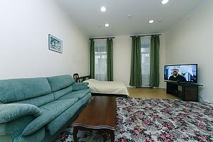 Two rooms Zoloti Vorota metro station, One Bedroom, 001
