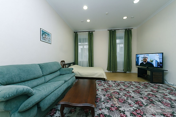 Two rooms Zoloti Vorota metro station, Una Camera (57010), 001