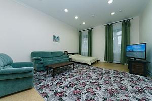 Two rooms Zoloti Vorota metro station, One Bedroom, 003